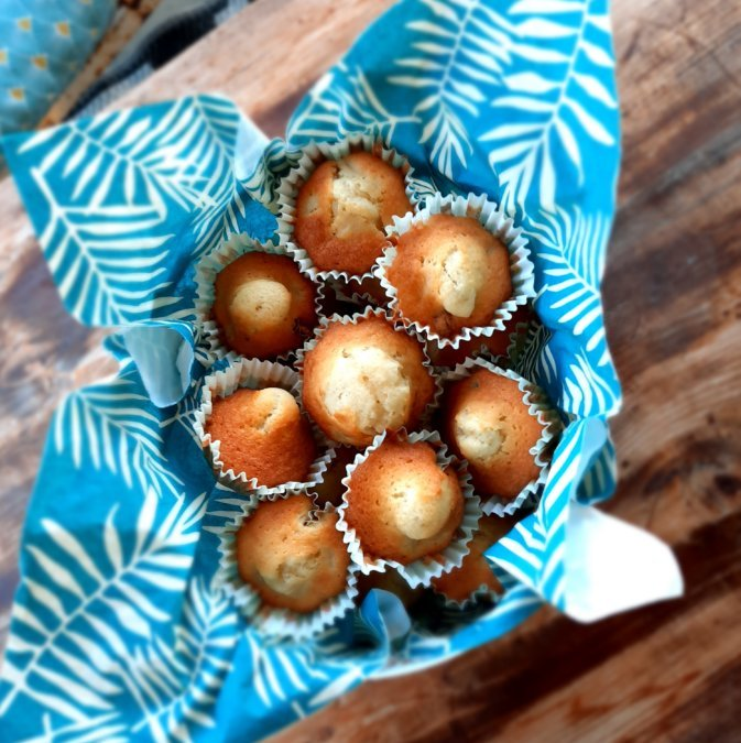 Mini-cake pomme-raisin-rhum